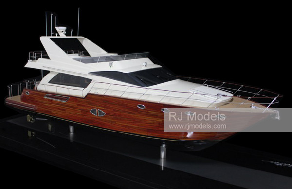 1. GLORIOUS YACHTS 68 (10)