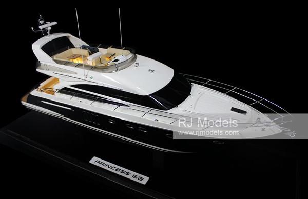 14.Princess 62 Flybridge boats