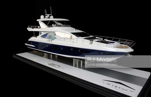 16. Azimut 80 Flybridge boats