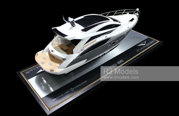 2. Marquis 500 Sport Coupe boats