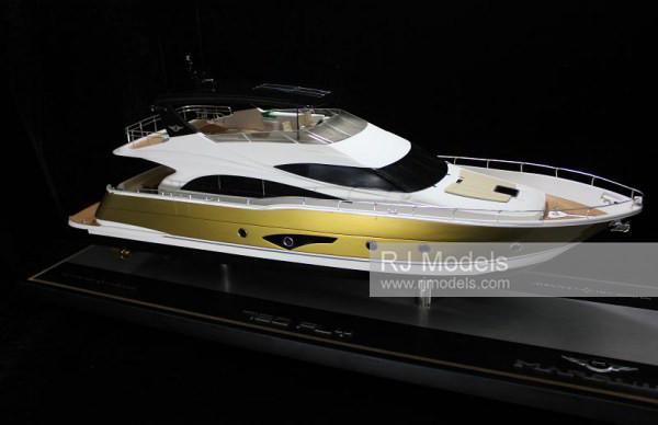 6.Marquis Yachts 720 Flybridge